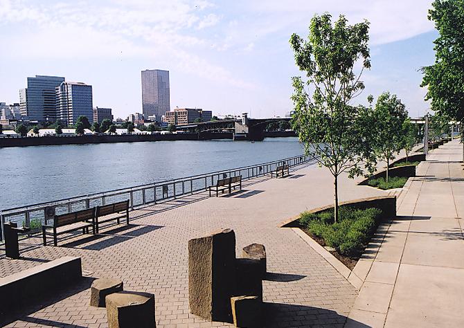 Eastbank Riverfront Park 2