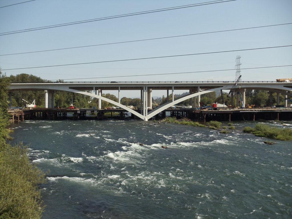 Willamette River Bridge (4)